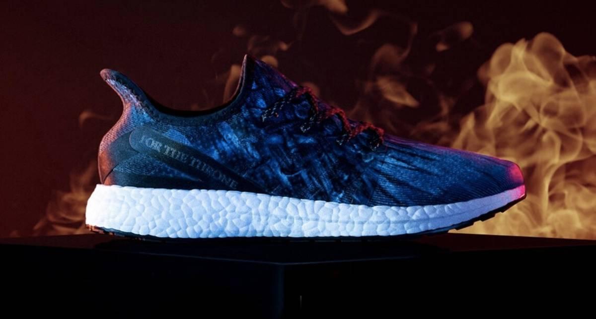 Кроссовки под цвет трона: Adidas создали обувь специально для поклонников
