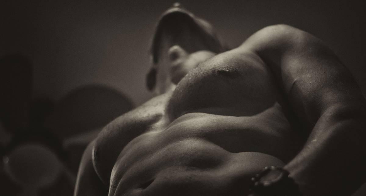Раскачайся: 4 эффективных упражнения для грудных мышц