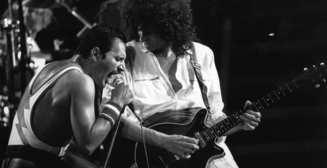Queen показали архивное видео с Фредди Меркьюри, неизвестное до сих пор