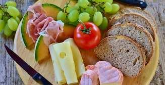 ТОП-7 продуктов, которые не стоит есть на ночь