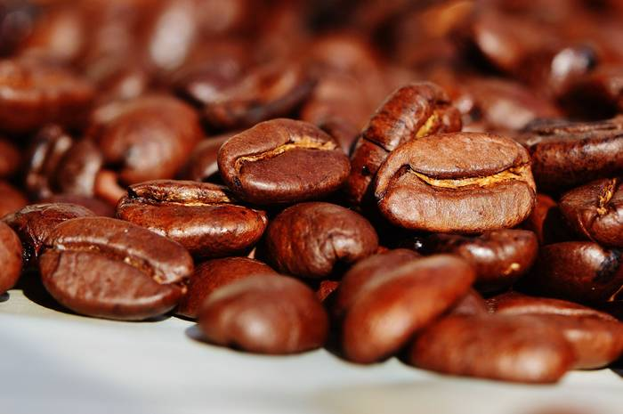 В одной ягоде кофе - два боба