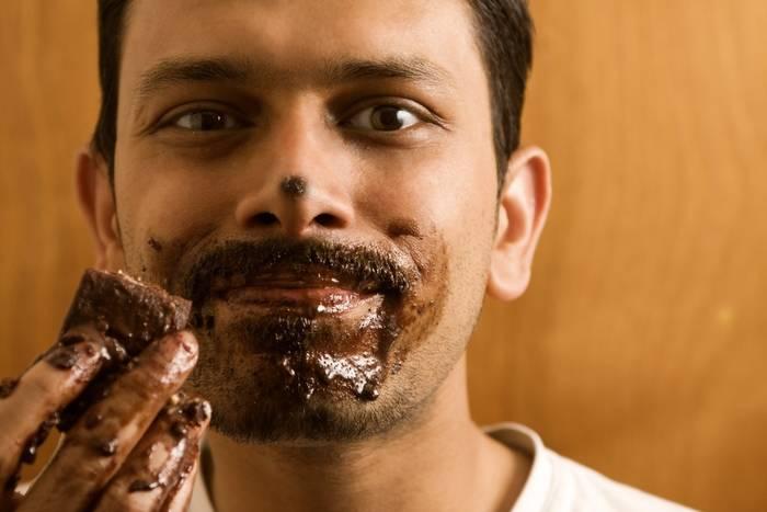 Ешь черный горький шоколад, в котором нет сахара