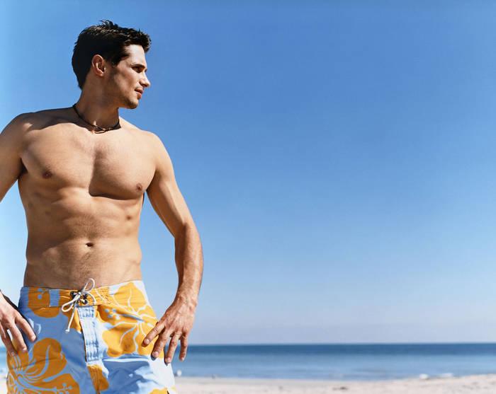 Будет пляж — прихвати шорты, в которых сможешь загорать и купаться