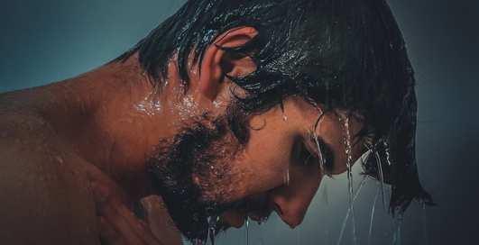 Некоторые любят погорячее: почему не стоит мыться в горячем душе?