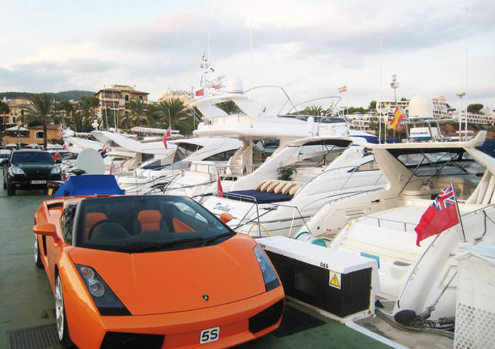 Кала-Бендинат — один из самых модных и дорогих курортов Мальорки