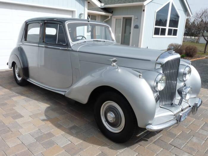 Bentley Mark VI — первый шаг Bentley в сфере luxury