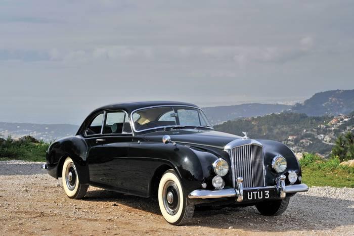 Bentley R-Type Continental. Всего 208 экземпляров. Эталон класса Gran Turismo