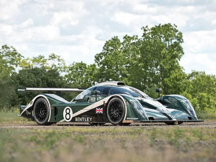 Bentley Speed 8. В 2003-м победил на «24 часах Ле-Мана»