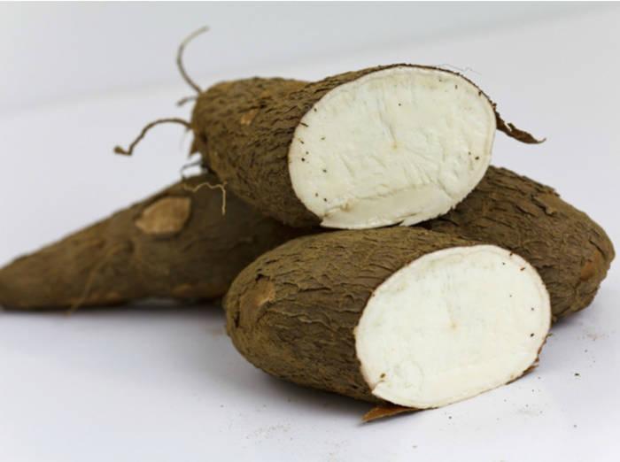 Кассава - африканский корнеплод, похожий на картофель, но во много раз опаснее