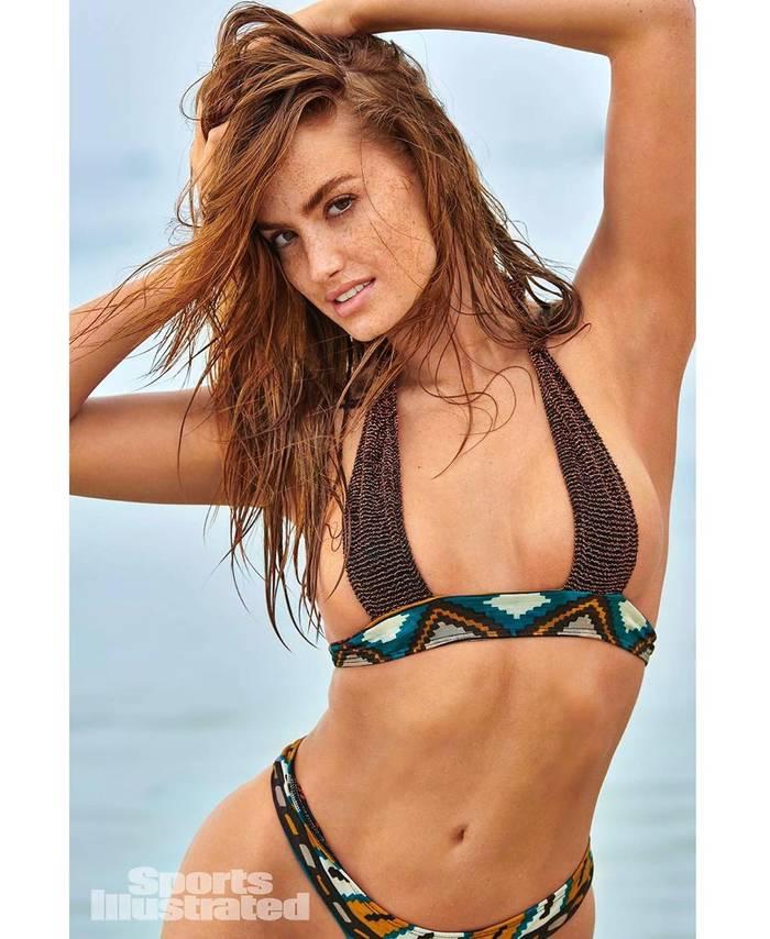 Хейли Калил — звезда Sports Illustrated Swimsuit