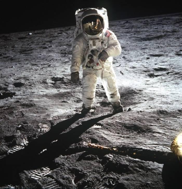 20 июля 2019 Discovery и Science Channel отмечают посадку «Аполлон-11» на Луну