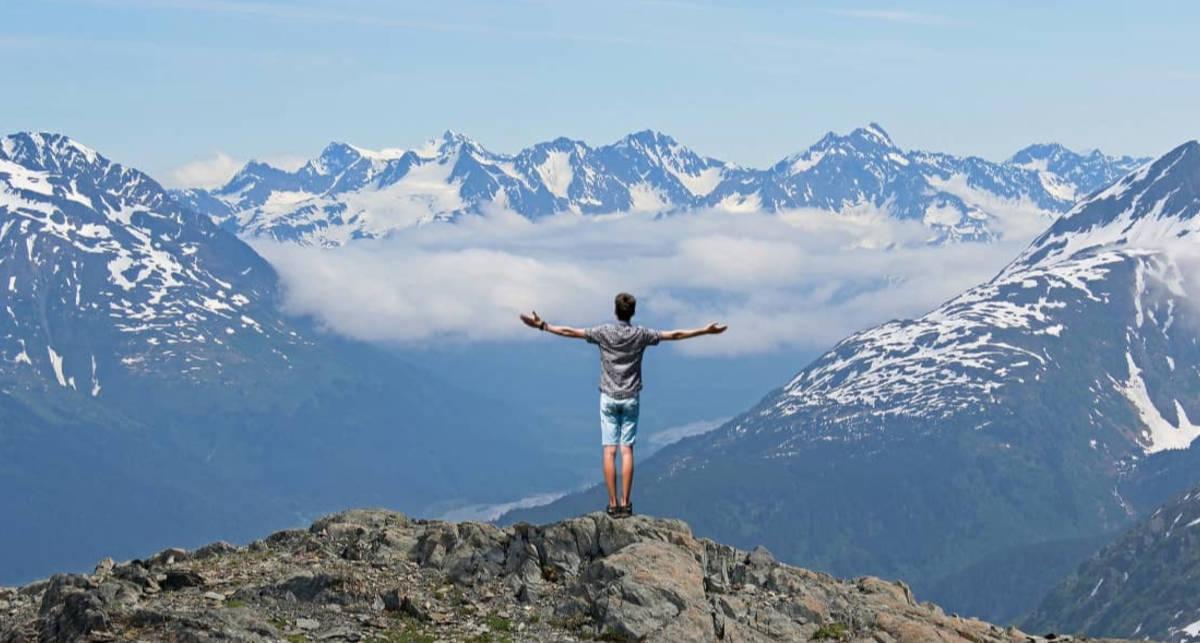Что нужно знать перед походом в горы: инструкция для новичков