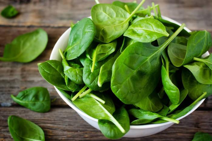 Добавляй шпинат в блюда — будешь иметь крепкие кости