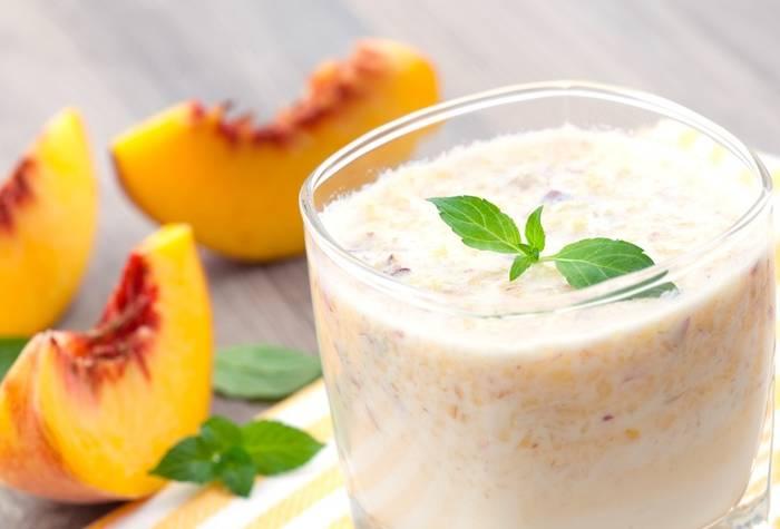 Персиковый смузи с йогуртом - просто, вкусно, полезно