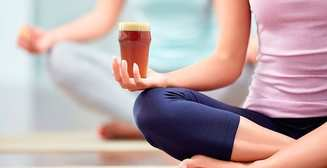 Пьяная йога: новый тренд в американском фитнесе