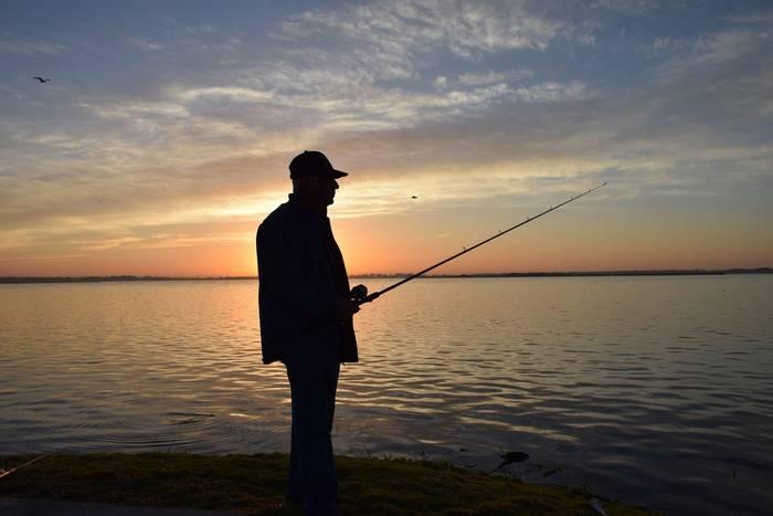 Раннее утро, рассвет — лучшее время для рыбалки