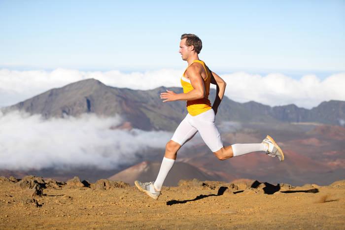 Во избежание травм коленей бегай по грунтам (а не на асфальте)