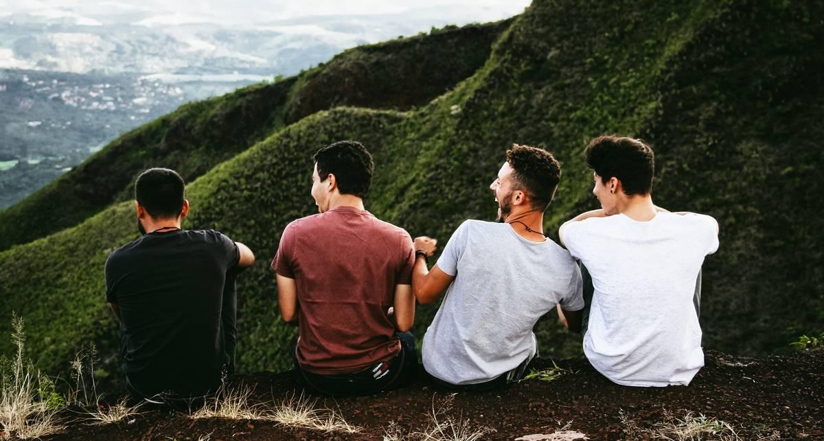 Не разлей вода: сколько друзей нужно человеку для полного счастья?