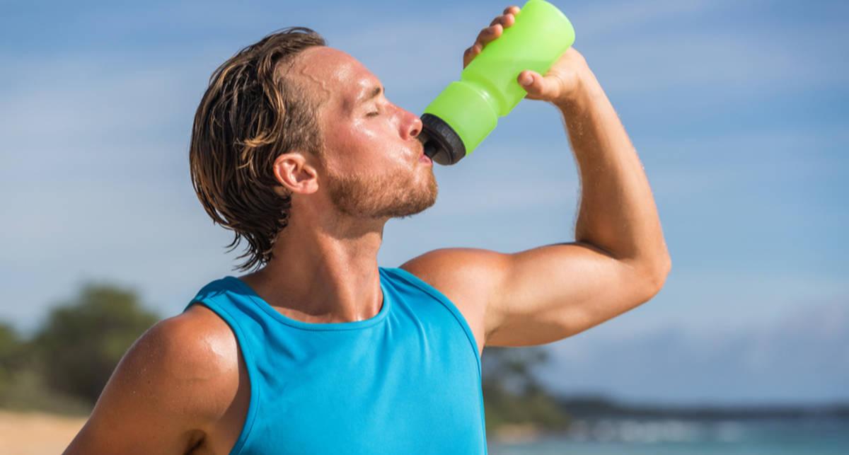 Пей и защищайся: 5 советов для бегающих в жару