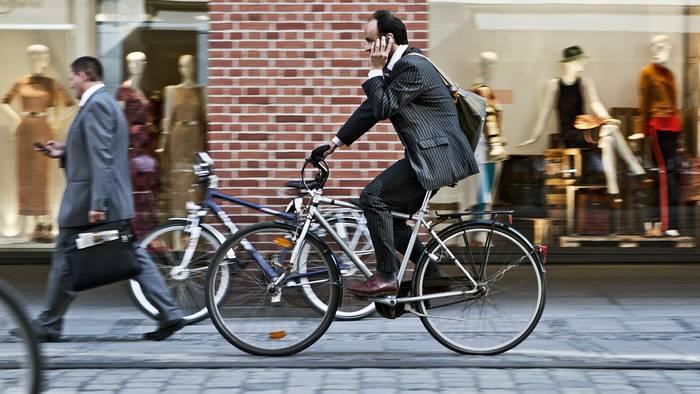 Обычный ситибайк — самый простой вариант для езды по городу