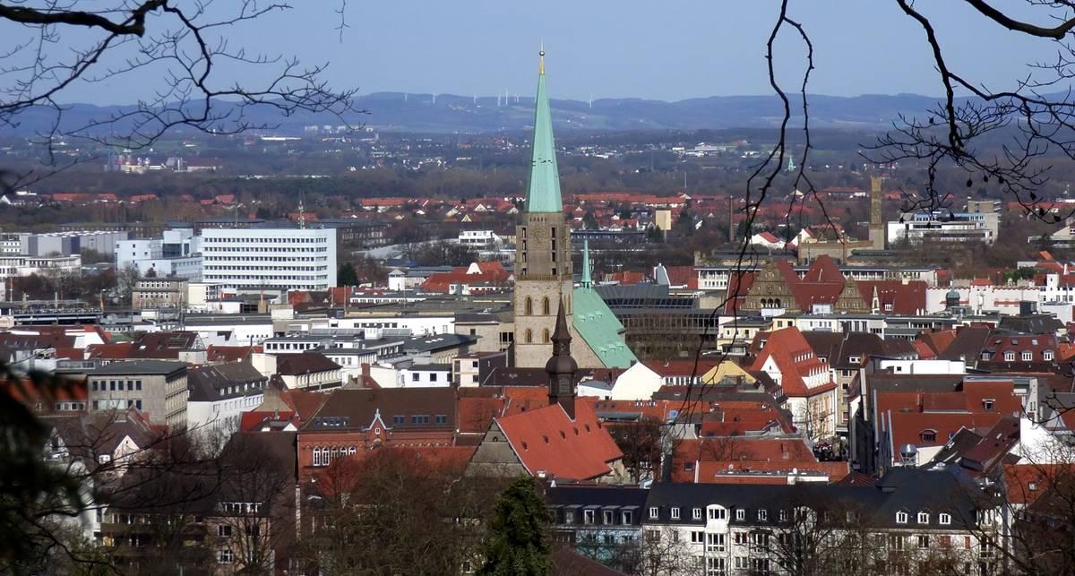 Какие ваши доказательства: власти немецкого Билефельда обещают €1 млн тому, кто докажет, что их города нет