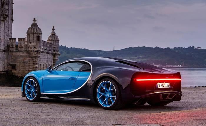 2 место: Bugatti Chiron – 443 км/ч