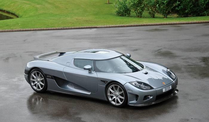 7 место: Koenigsegg CCX – более 400 км/ч