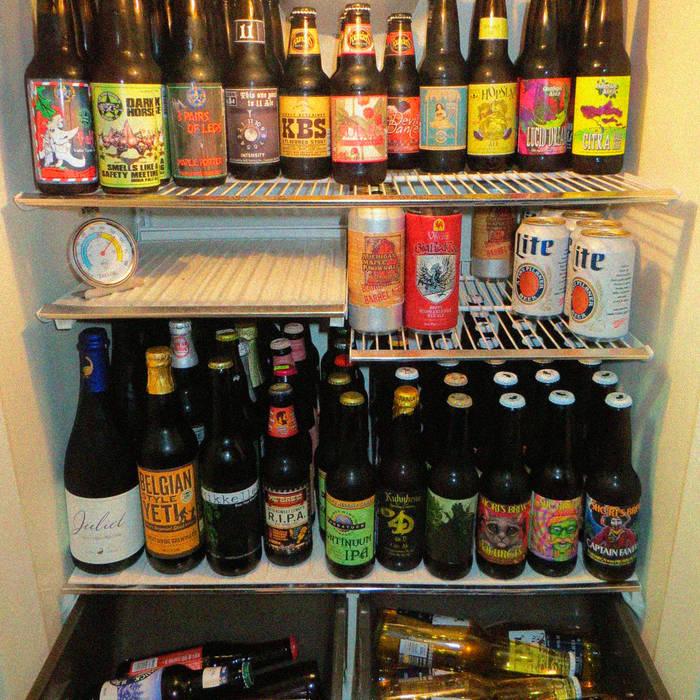 Мой холодильник раз в 2 месяца и следи за тем, чтобы в нем никогда не было пусто