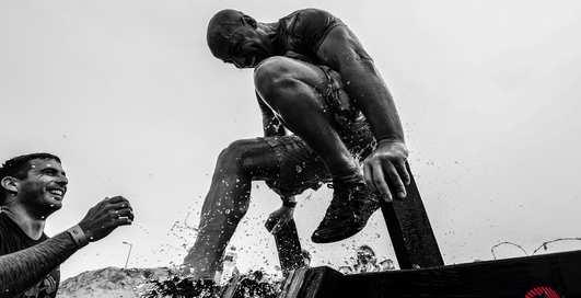 Андрей Джеджула провел открытую тренировку для подготовки к забегу Legion Run