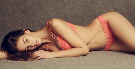 Красотка дня: классическая «подиумная» модель Дебора Гус
