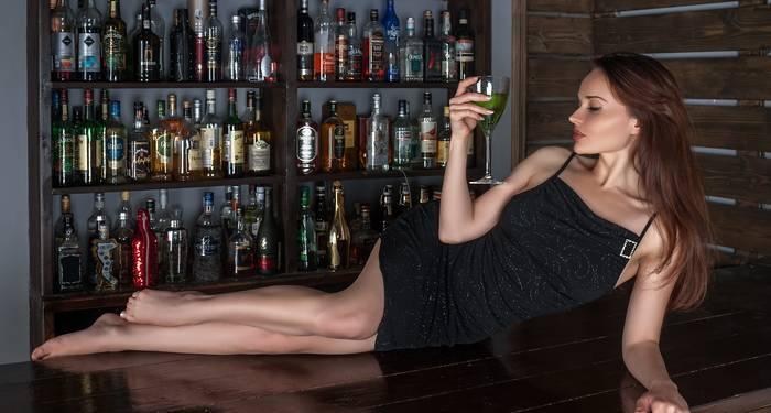 Как бы пьяна она ни была, она прекрасна