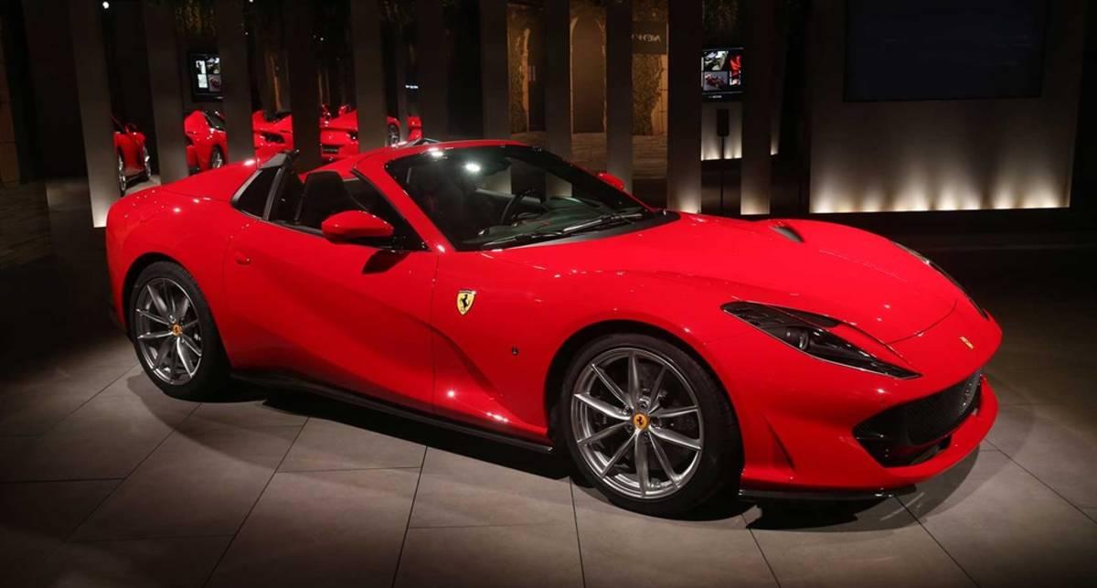 Самый быстрый серийный кабриолет: Ferrari представили новый 812 GTS