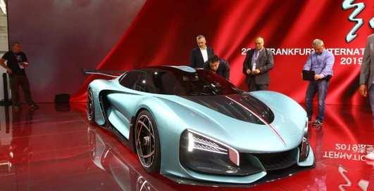 Загадочный и быстрый: китайцы показали мощный гиперкар Hongqi