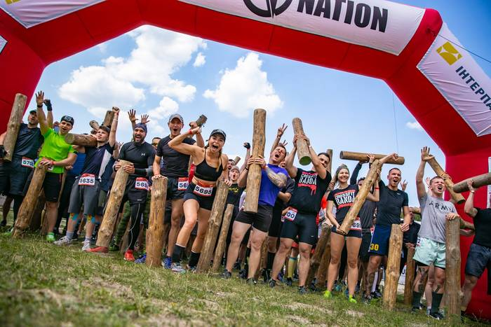 Race Nation — шанс вырваться из обыденности, почувствовать себя на пике сил и возможностей, закалить дух и волю к победе