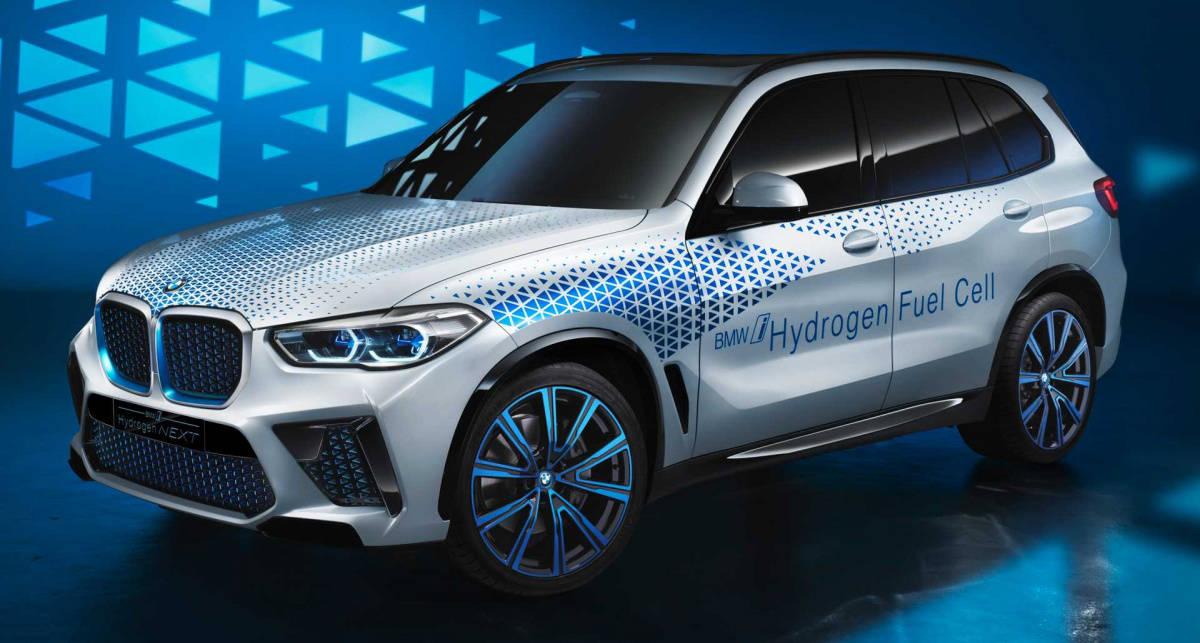 Уже реальность: BMW представили серийный авто на водороде