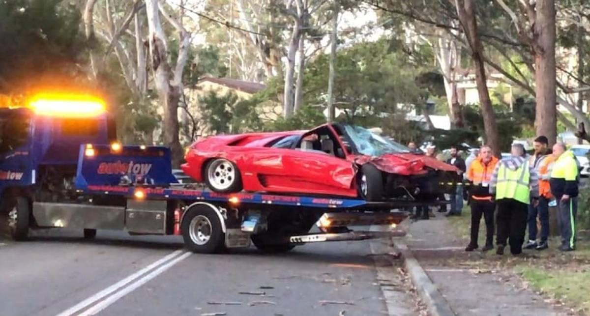 Как лишиться Lamborghini: австралийцы разбили Diablo сразу после покупки