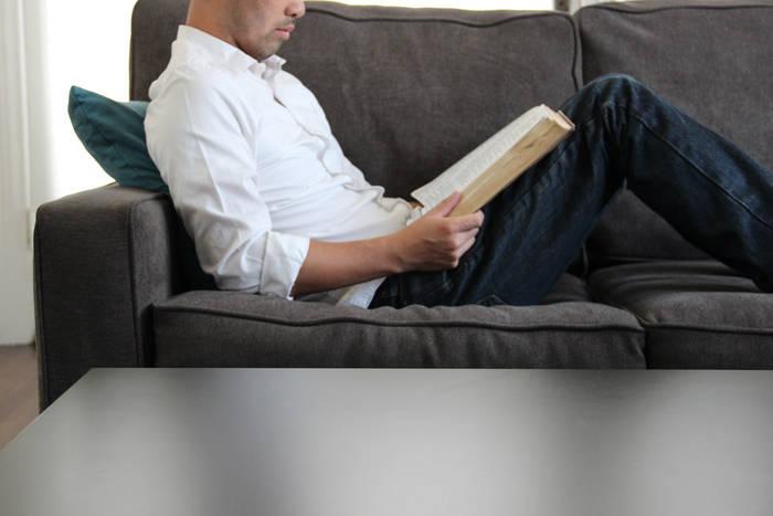 Сделай диван удобнее — пошей для него мягкую подушку