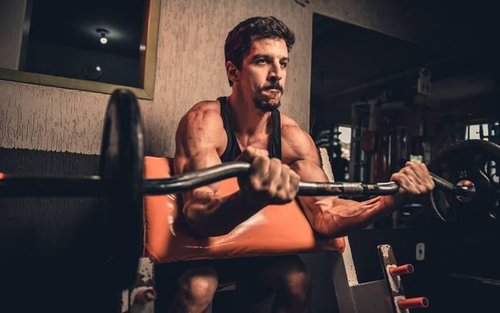 Выполняй минимум 1 упражнение / 3 подхода на одну группу мышц