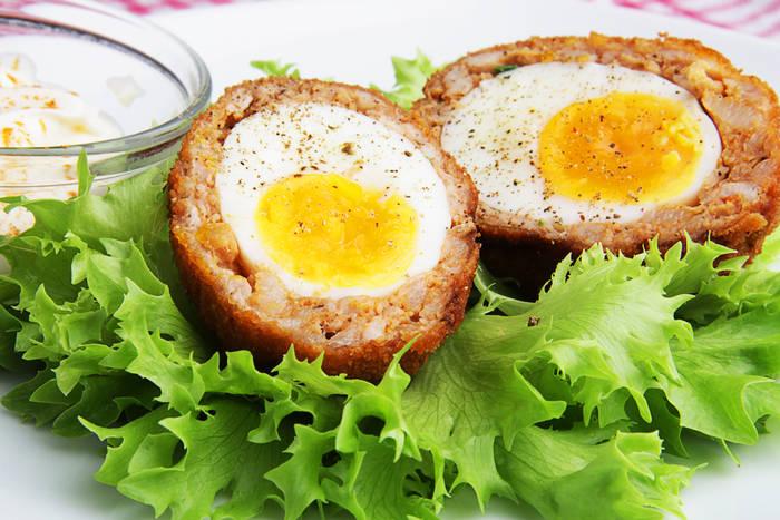 Знакомься: вареные яйца в панировке