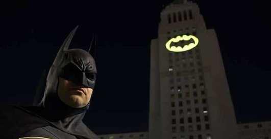 Масштабно: 80-летие Бэтмена отпразднуют в 12 городах