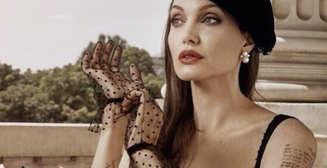 Соблазнительная парижанка: Анджелина Джоли снялась в роскошной фотосессии