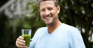 3 самых полезных сока для мужского здоровья