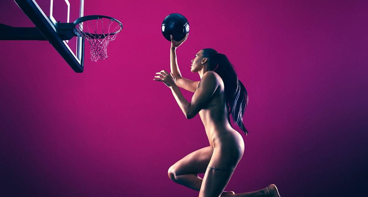 Образ ЗОЖ: спортсмены обнажились для пропаганды спорта