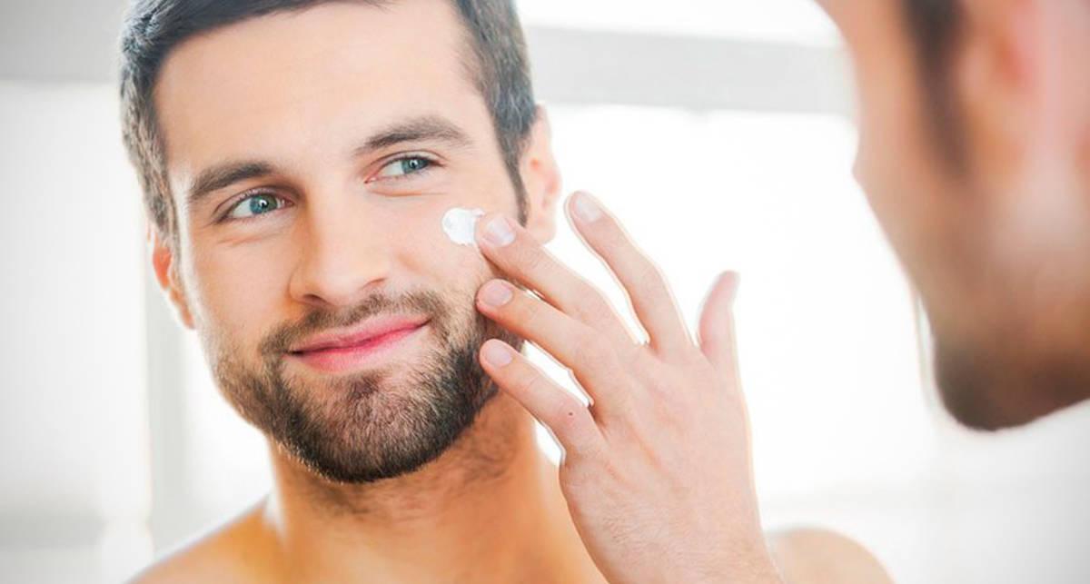 Крем, «дезик» и помада: 7 косметических средств для мужчин в возрасте 30+