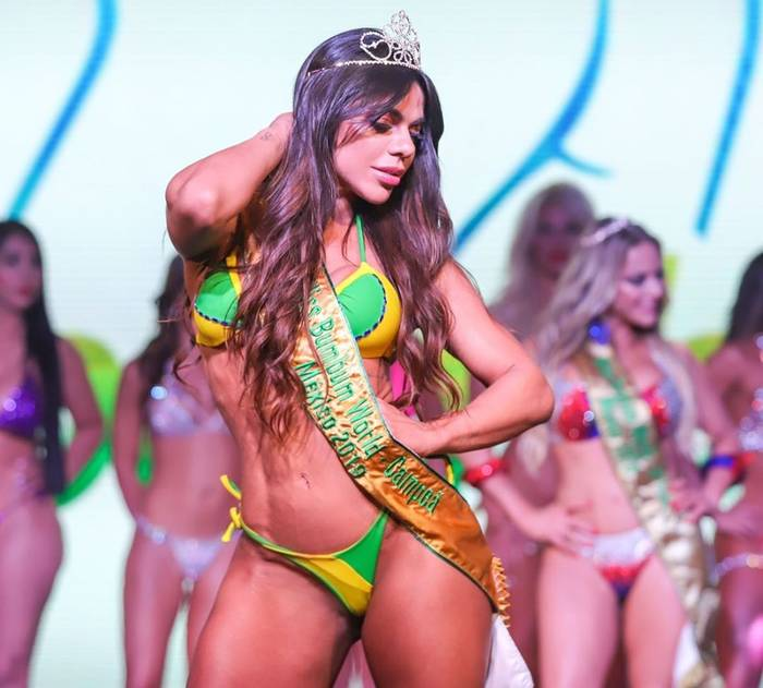 Miss BumBum 2019 Сьюзи Кортес