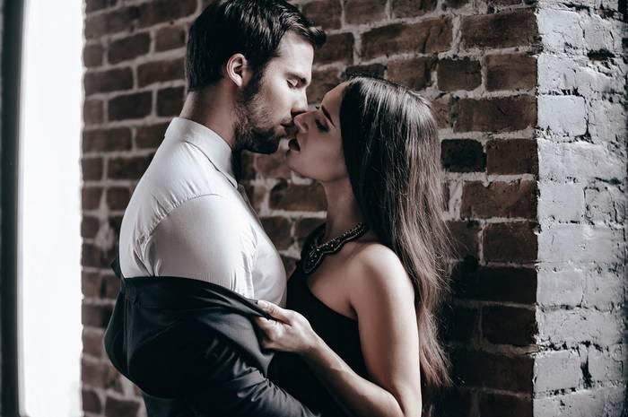 Секс на первом свидании - способ сблизиться с партнершей