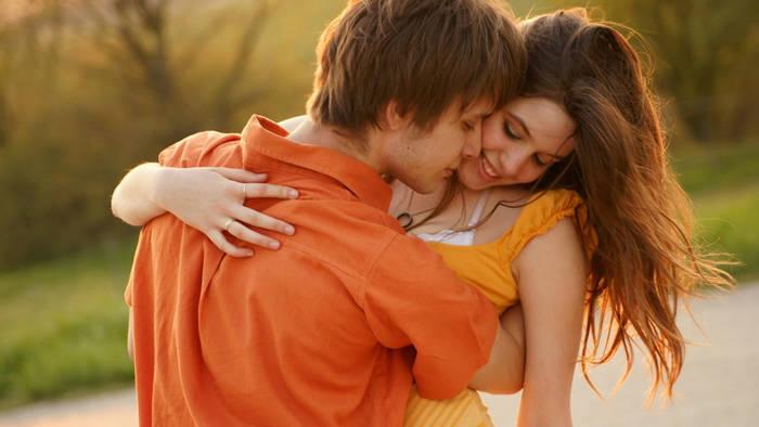 Секс на первом (да и неважно каком по счету) свидании зависит от запаха. Внимание: это не повод не мыться вообще.
