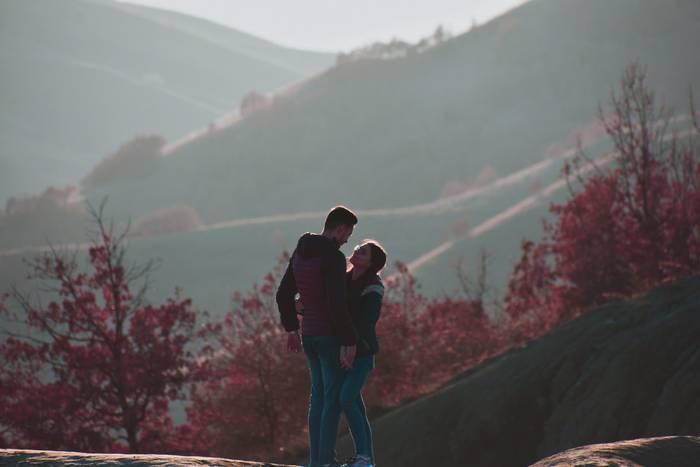 А прогулка с девушкой - приятное с полезным