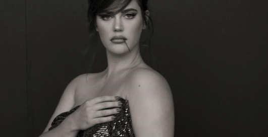 """Пышный """"ангел"""" Victoria's Secret: 9 самых жарких снимков Али Тейт Катлер"""