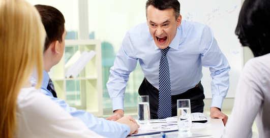 Неуважение и ложь: 6 способов распознать токсичного человека